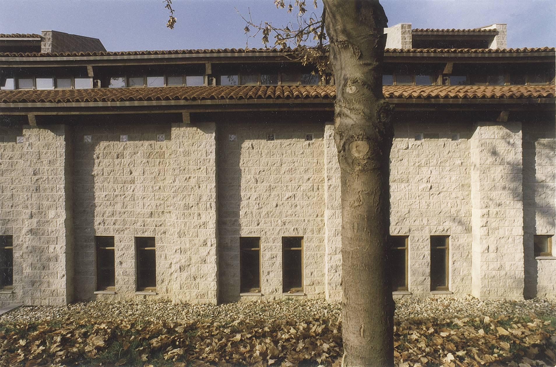 Centro di culto evangelico in beinasco de arch for 3 stelle arreda beinasco