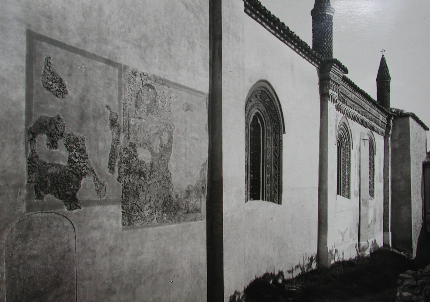 RESTAURO AFFRESCHI ESTERNI DELLA CHIESA DI SAN GIORGIO IN VALPERGA