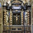 Restauro chiesa S. Teresa a Torino - parete del Crocifisso dopo l'intervento di restauro
